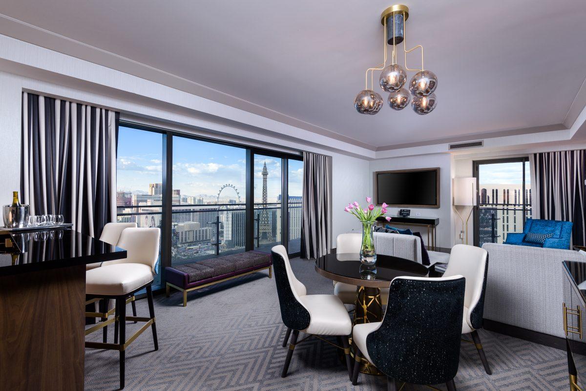 Hotel Suite Overlooking Las Vegas Strip